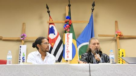 Fórum de debates_ O que está acontecendo no Brasil